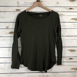 Athleta Long Sleeve T-shirt / Small